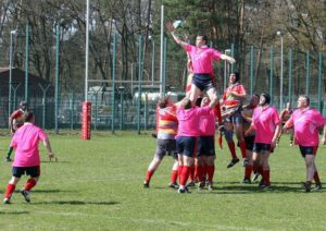 Sgt Robertson wins a line out