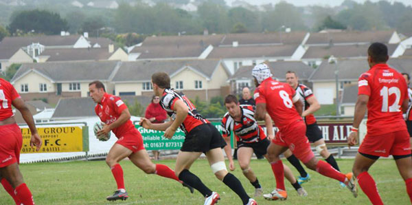 Sgt Bradley breaking through the Cornish Pirates defence on route to scoring a try