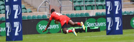 Tuvita Tamatawale scoring the opening try for the Reds